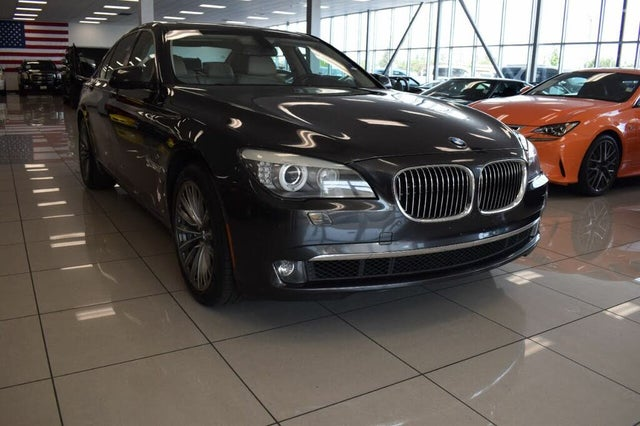 2011 BMW 7 Series 750i RWD