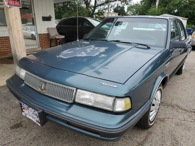 1992 Oldsmobile Cutlass Ciera S Sedan FWD