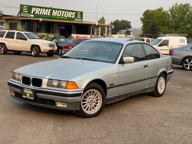 1996 BMW 3 Series 318is Coupe RWD