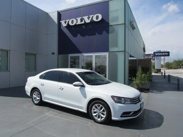 2018 Volkswagen Passat 2.0T S FWD