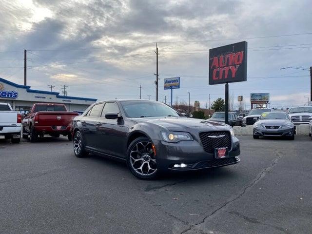 2017 Chrysler 300 S RWD