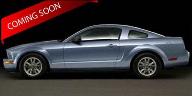 2006 Ford Mustang V6 Coupe RWD