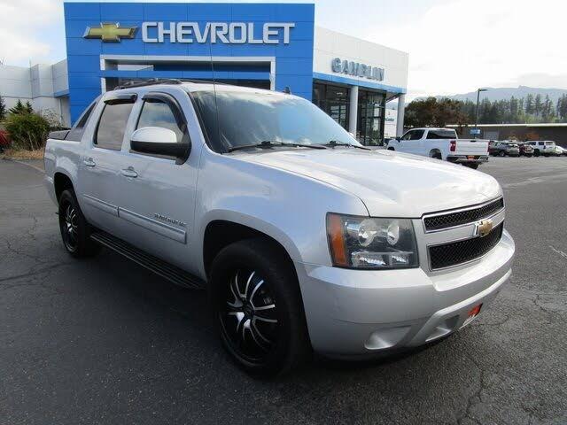 2011 Chevrolet Avalanche LS RWD