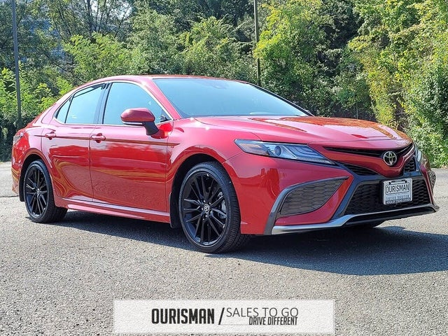 2021 Toyota Camry XSE FWD