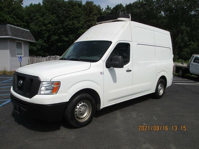 2014 Nissan NV Cargo 2500 HD S with High Roof