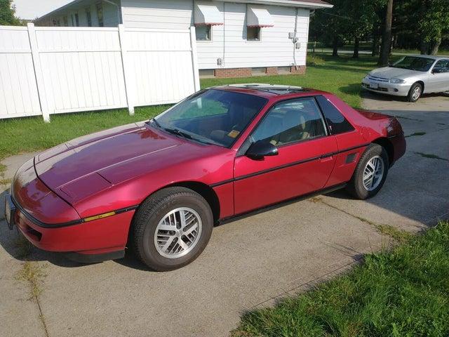 1988 Pontiac Fiero Base