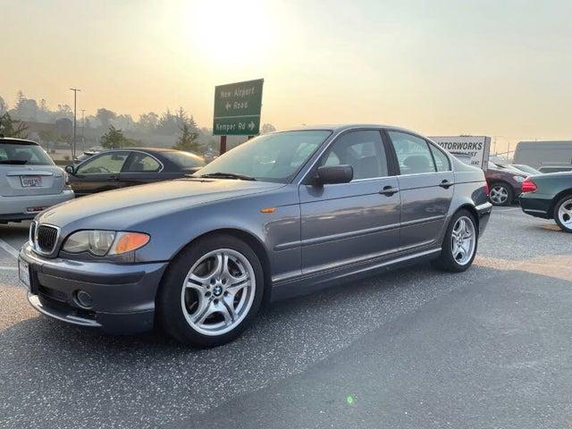 2003 BMW 3 Series 330i Sedan RWD