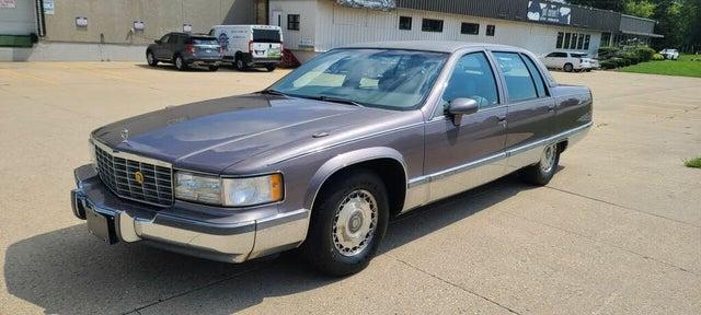 1993 Cadillac Fleetwood Sedan RWD