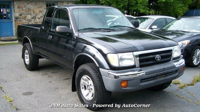 2000 Toyota Tacoma 2 Dr STD 4WD Extended Cab LB