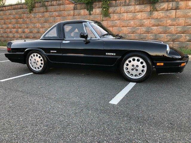 1987 Alfa Romeo Spider Quadrifoglio RWD