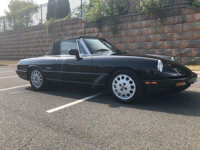 1991 Alfa Romeo Spider Veloce RWD