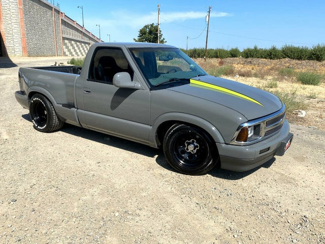 1997 Chevrolet S-10 LS Extended Cab Stepside RWD