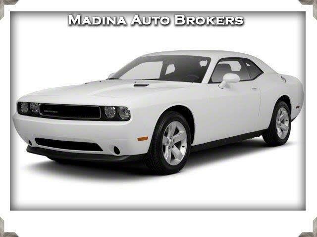 2012 Dodge Challenger SXT RWD