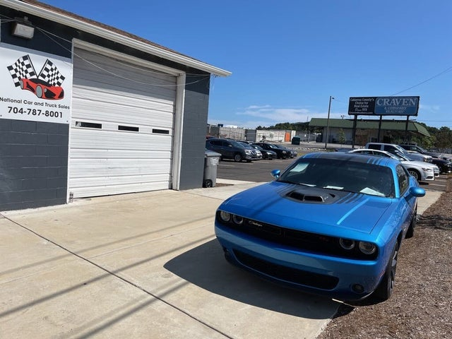 2015 Dodge Challenger R/T Shaker RWD