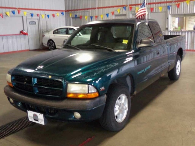 1998 Dodge Dakota Sport Club Cab RWD