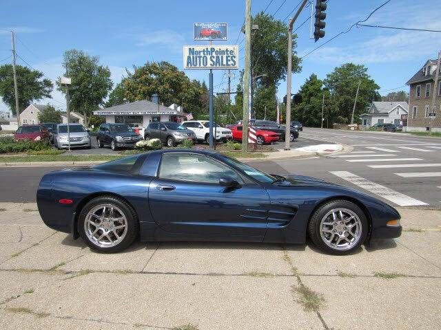 1999 Chevrolet Corvette Coupe RWD