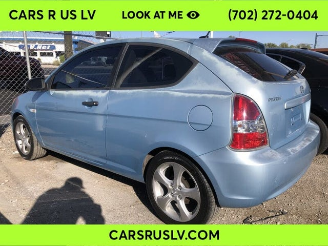 2009 Hyundai Accent SE 2-Door Hatchback FWD