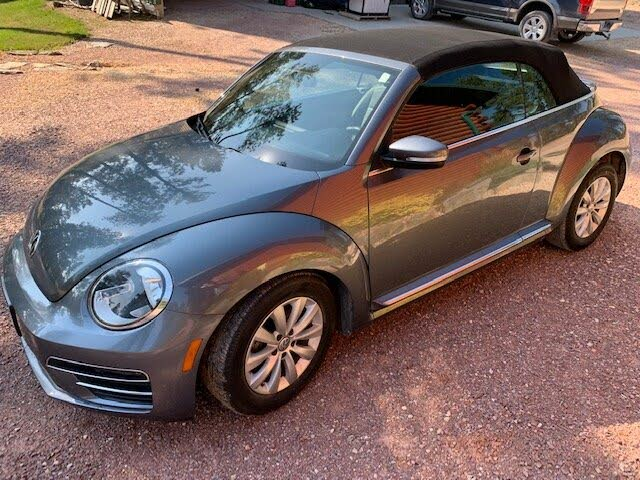 2018 Volkswagen Beetle 2.0T S Convertible FWD