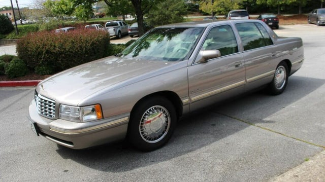 1997 Cadillac DeVille d'Elegance Sedan FWD