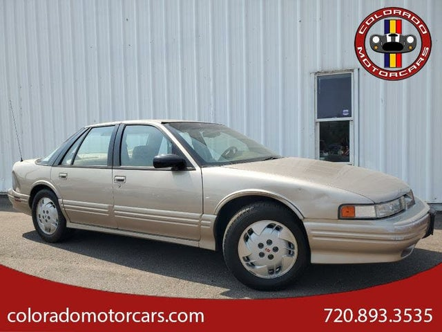 1997 Oldsmobile Cutlass Supreme 4 Dr SL Sedan