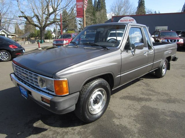1986 Toyota Pickup 2 Dr Deluxe Extended Cab LB