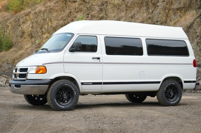 2001 Dodge RAM Wagon 2500 Extended Passenger RWD