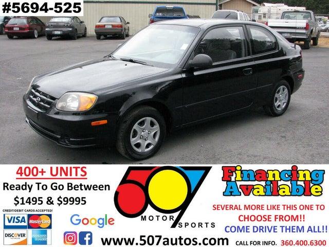 2004 Hyundai Accent 2-Door Hatchback FWD