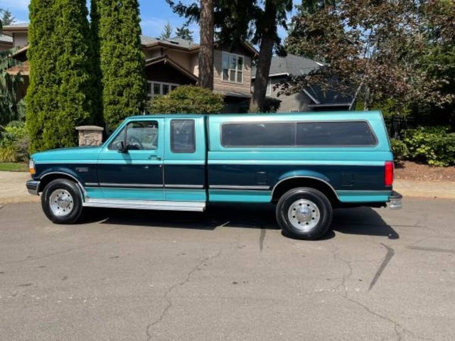 1996 Ford F-250 2 Dr XLT Extended Cab LB HD