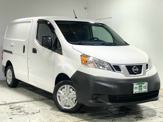 2019 Nissan NV200 S FWD