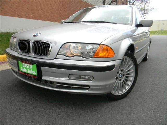 2001 BMW 3 Series 330xi Sedan AWD