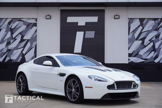 2016 Aston Martin V12 Vantage S Coupe RWD