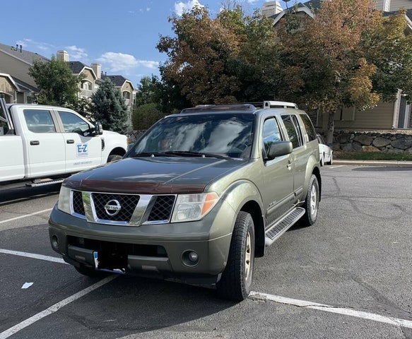 2005 Nissan Pathfinder SE Off Road 4WD