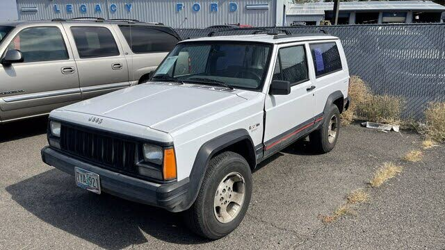 1994 Jeep Cherokee Sport 2-Door RWD