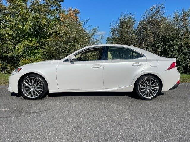 2016 Lexus IS 300 AWD
