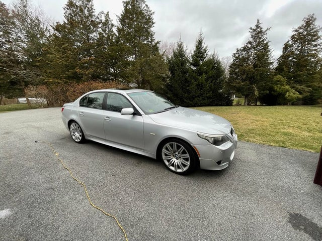 2008 BMW 5 Series 550i Sedan RWD