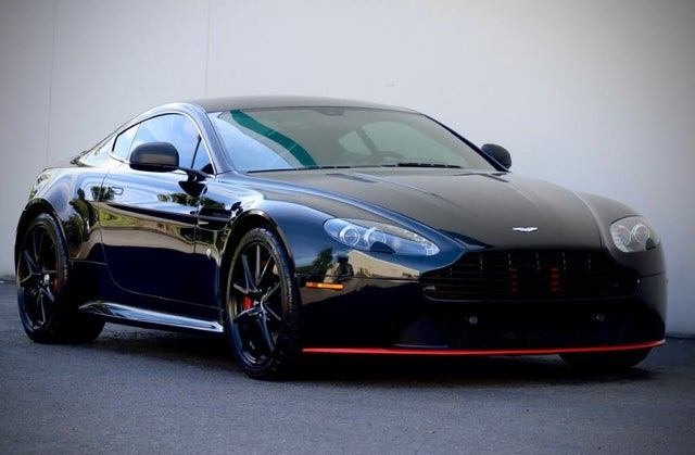 2013 Aston Martin V8 Vantage S Coupe RWD