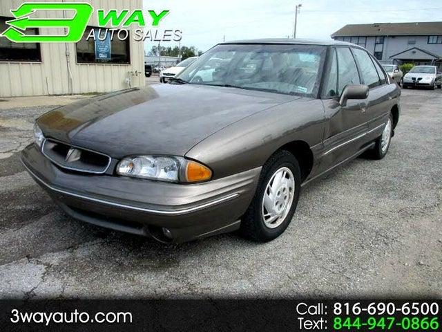 1999 Pontiac Bonneville 4 Dr SE Sedan