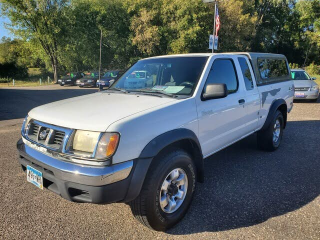 1999 Nissan Frontier 2 Dr XE V6 4WD Extended Cab SB