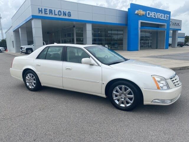 2010 Cadillac DTS Premium FWD