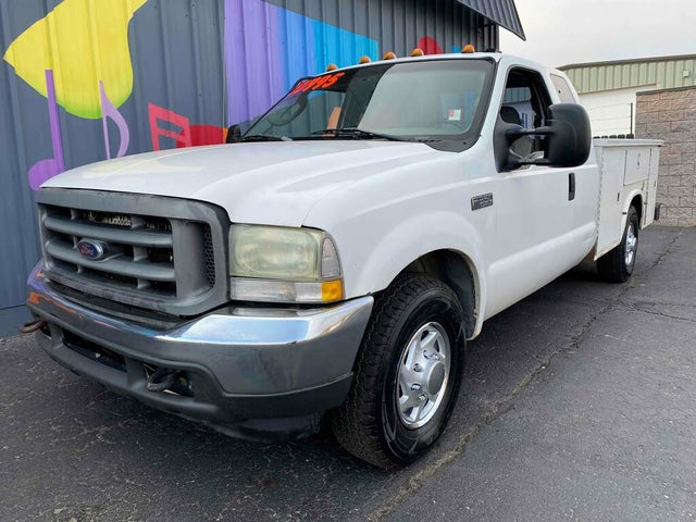 2004 Ford F-350 Super Duty XLT Extended Cab LB