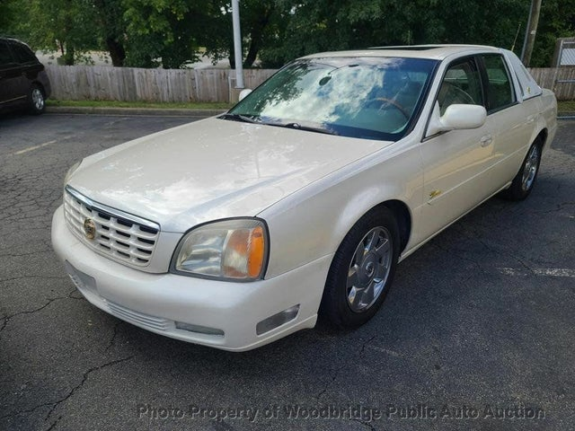 2002 Cadillac DeVille DTS Sedan FWD