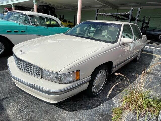 1996 Cadillac DeVille Sedan FWD