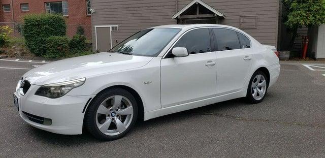 2008 BMW 5 Series 528i Sedan RWD