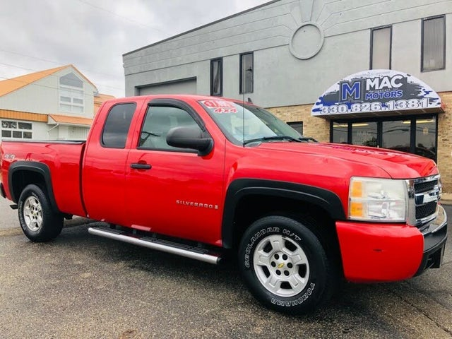 2007 Chevrolet Silverado 1500 Work Truck Extended Cab 4WD