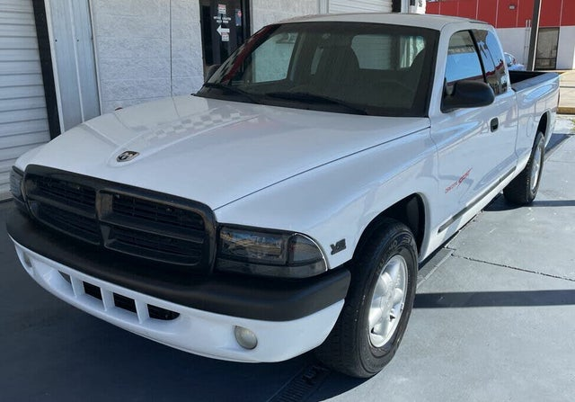 1997 Dodge Dakota Sport Club Cab RWD