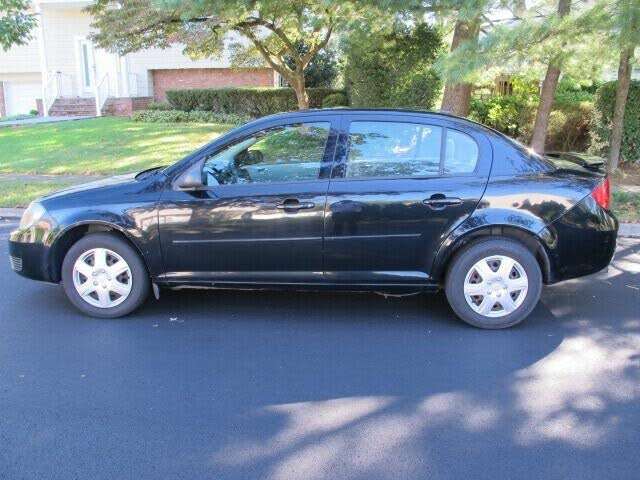 2010 Chevrolet Cobalt LS Sedan FWD
