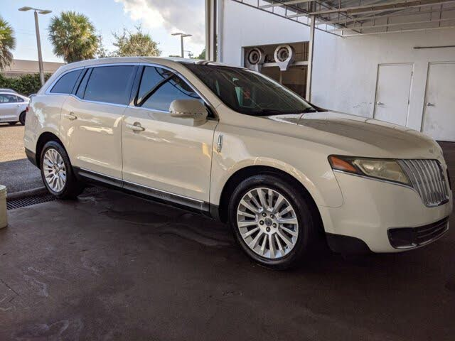 2012 Lincoln MKT FWD