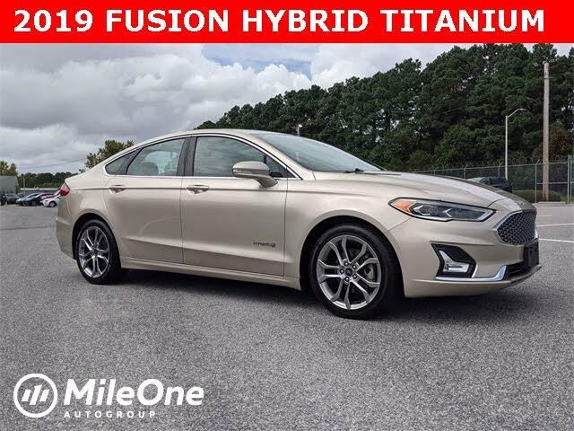 2019 Ford Fusion Hybrid Titanium FWD