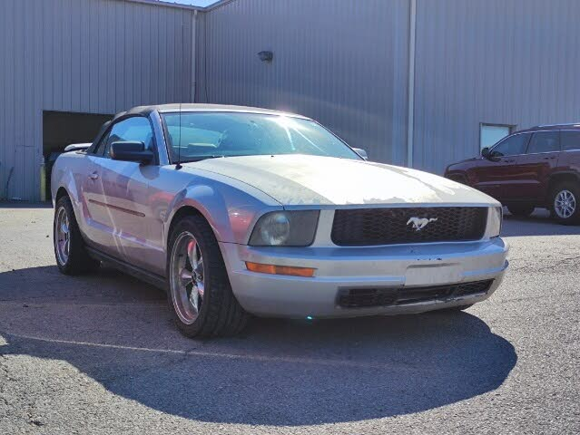 2006 Ford Mustang V6 Convertible RWD