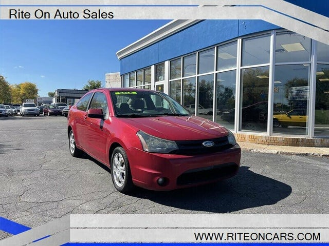 2009 Ford Focus SE Coupe